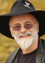 Terry Pratchett iskovao viteški mač