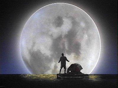 Peek@Moon / Zaviri na Mjesec